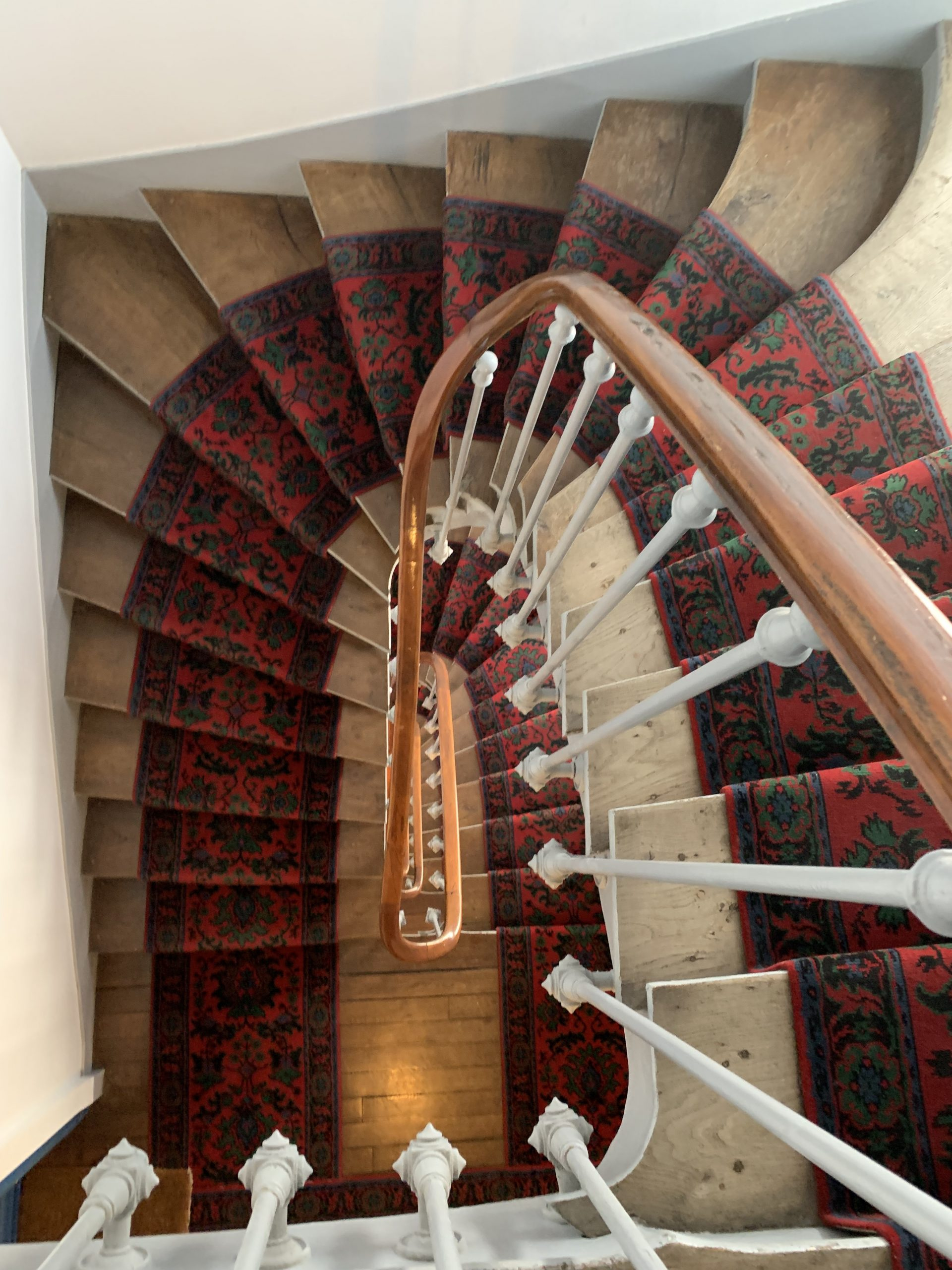 3 things that you should know about Paris' stairs.